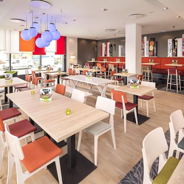 restaurant-holiday-inn-berlin-city-east-side