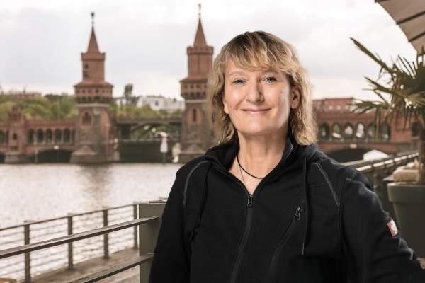 Angela Feenstra